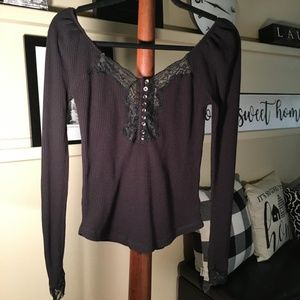 Free People - To the West Tee in Black Small